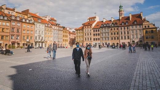 Chi phí cao của Polski Ład, các thế hệ sau sẽ phải gánh món nợ này