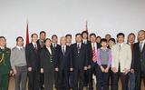 Tổng Bí thư gặp mặt cộng đồng người Việt Nam tại Belarus