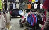 Hủy chợ Việt nam ở trung tâm thành phố Harrachov