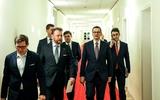 Ba Lan: Đã đến lúc phải nói thẳng: chính phủ nói dối xã hội về Covid-19
