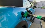 Từ ngày 1/9/2021 xăng E10 sẽ có ở một nước tiếp theo tại châu Âu. Bạn hãy kiểm tra xem xe nào dùng được hay không dùng được loại xăng này