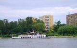 Dòng sông Vistula mùa xuân hè