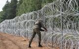 """Tình hình biên giới Ba Lan – Belarus vẫn """"diễn biến phức tạp"""""""
