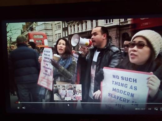 Nhóm biểu tình trước tòa London phản đối vụ 'nô lệ hiện đại'