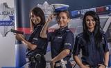 Cảnh sát xứ người