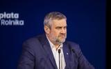 Giáo viên đi hái dâu? Hội Nhà giáo Ba Lan (ZNP) đòi bộ trưởng Ardanowski xin lỗi.