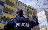 Coronavirus ở Ba Lan: Người đàn ông đóng giả phụ nữ khi cảnh sát đến kiểm tra.