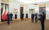 Đại sứ  Việt Nam tại Ba Lan Vũ Đăng Dũng nhận Huân chương Công trạng của Tổng thống nước Cộng hòa Ba Lan