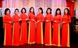 Chị em phụ nữ Việt Nam tại Ba Lan tham dự cuộc thi Áo dài phu nhân 2018.