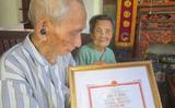 Vợ chồng cụ ông lập kỷ lục cao tuổi nhất Châu Á