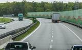 Giao thông Ba Lan: Làn trái dùng để vượt, tránh chướng ngại trên đường hay để rẽ